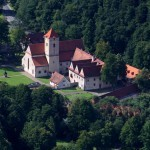Czerwony Klasztor widziany z Trzech Koron