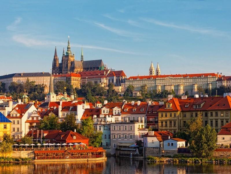 Praga, widok naZamek naHradczanach